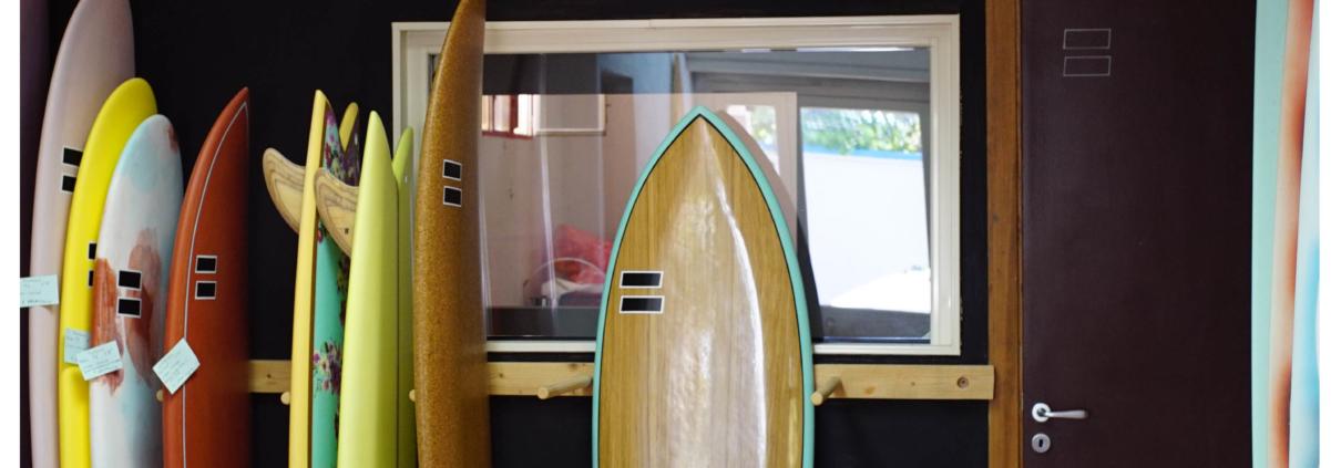 Realizzione e vendita tavole da surf su misura per surfisti di tutti i livelli | Fabio Ruina Surfboards a Cagliari